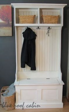 Free easy plans to build an entryway storage bench featuring lift top compartment. Step by step plans include shopping list, cut list, diagrams, and instructions. Add the narrow hall tree hutch on top to create a full entryway storage solution. Diy Furniture Plans, Upcycled Furniture, Furniture Projects, White Furniture, Garage Furniture, Modular Furniture, Furniture Buyers, Entryway Furniture, Plywood Furniture