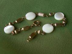 Vintage Gold Tone Mother of Pearl Disc Bracelet Unique Dainty