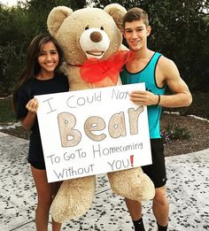 Nicole Haynes and Chase homecoming proposal 2015