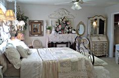 Penny's Vintage Home: Spring Mantle and Bedding Persian Architecture, Shabby Chic Bedrooms, Spring Weather, Early Spring, Mantle, Cosy, Bedding, Cottage, Furniture