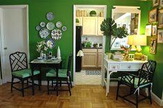 SANITY FAIR-plates on dining area wall