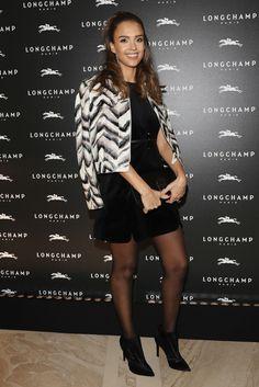 http://www.zimbio.com/photos/Jessica Alba/Longchamp Cocktail Paris Fashion Week Womenswear/9LCwk2xJ8fJ