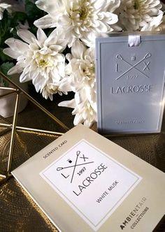 Parfumul-pentru-lenjerie-Ambientair-Lacrosse-White-Musk Lacrosse, Place Cards, Place Card Holders, Lifestyle, Floral, Couple, Flowers, Flower