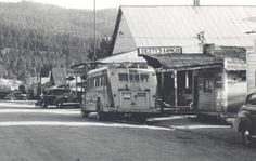RPPC 1930's CARS BUS IDAHO CITY IDAHO DOWNTOWN MAIN STREET SCENE POSTCARD 1940