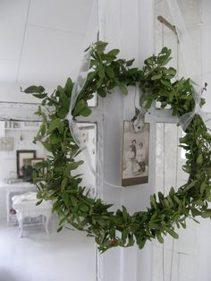 Wreath. Suspended wreath. ' could work in entry.