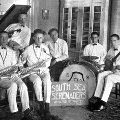 South Sea Serenaders. Caz's first boy band circa 1924. #CazTurns190