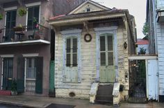 Shotgun house next to 712 Barracks Street in French Quarter. New Orleans, Louisiana, April 30, 2005.