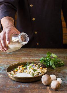 Cauliflower crumb salad with crispy corn, seared orange cream, eringi mushrooms, and leek velouté. Image from KLAPTISH MAGAZINE