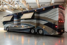 Bus-Stuff.com Class A Rv For Sale Luxury Van, Luxury Homes, Windshield Shade, Luxury Motorhomes, Class A Rv, Rv For Sale, Rv Campers, Marc O Polo, Rv Life