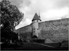 Matkojeni blogi: Mustavalkoinen Tallinna
