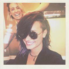 Demi Lovato Debuts Shorter Haircut and Colorful Streaks