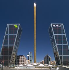 Puerta de Europa, #Madrid Torres de la Plaza Castilla