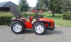 Antonio Carraro Carraro SRX 8400 tractor > Hissink en Zonen