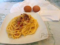 Pasta alla carbonara ( ricetta originale laziale) Pasta Alla Carbonara, Arancini, Gnocchi, Recipe Collection, Italian Recipes, Nom Nom, Buffet, Spaghetti, Vegetarian