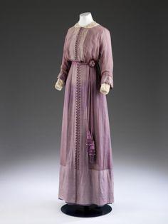 Dress1911-1912The Victoria & Albert Museum