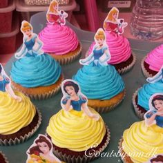Throwing a Disney Princess party without spending weeks in the kitchen. Planning a Disney Princess party doesn't have to be as painful as kissing a frog. We have everything you need in one place to throw a Disney Princess party. Disney Princess Birthday Party, Disney Princess Party, Easy Princess Cake, Disney Themed Party, Princess Party Cupcakes, Disney Princess Decorations, Princess Cupcake Dress, Princess Cupcake Toppers, Princess Belle Cake