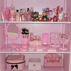 Room decor Imagem de baby, pink, and cute Landscaping, An American Pass Time Article Body: Landscapi Aesthetic Rooms, Pink Aesthetic, My New Room, My Room, Pink Bookshelves, Girls Bedroom, Bedroom Decor, Bedrooms, Mode Rose