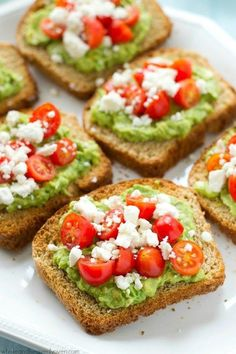 This greek-style avocado toast is quick and healthy enough for a filling weekday. This greek-style avocado toast is quick and healthy enough for a filling weekday breakfast, but also fancy enough for any weekend brunch. Breakfast And Brunch, Avocado Breakfast, Breakfast Fruit, Detox Breakfast, Breakfast Healthy, Clean Eating Snacks, Healthy Snacks, Healthy Recipes, Vegetarian Recipes