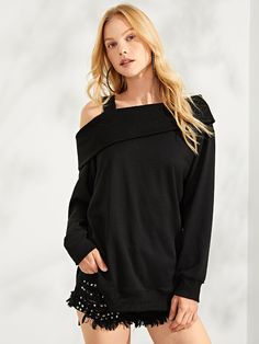 To find out about the Asymmetric Shoulder Solid Pullover at SHEIN, part of our latest Sweatshirts ready to shop online today! Casual Skirt Outfits, Blouse Outfit, Pullover, Office Ladies, Ladies Dress Design, Blouses For Women, Women's Blouses, Fashion News, Hoodies
