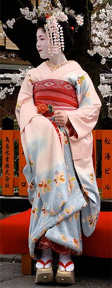 The rise of the Geisha ended the era of the Oiran. The last recorded oiran was in 1761.