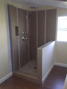 Narrow vertical accent strips - appears vertical tiles + vertical accents = dimensions needed