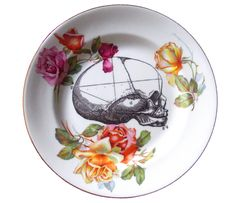 @Kari Wilson & @Olivia Garcia-Hassell    I think I may have found y'all's wedding china. :D