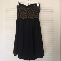 Forever 21 tube top dress Worn once! Great conditions no stains or flaws. Like new. Tube top top. Forever 21 Dresses Mini