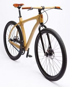 """Wood delivers a fabulous ride."" Those words come from Chris Connor, founder of Connor wood bicycles. Wooden Bicycle, Wood Bike, Mtb Bike, Cycling Bikes, Montain Bike, Motorized Bicycle, Bike Style, Bicycle Design, Vintage Bicycles"