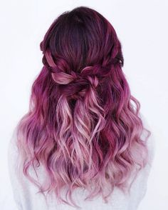 Pagenta - Die tragbarsten bunten Haare des Winters  #hair #pagenta #haircolor #haarfarbe #haare   Bild: instagram.com/evalam_