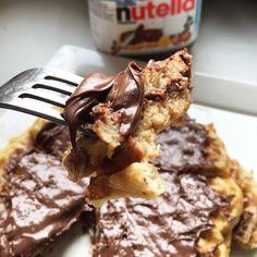 Byebye pancakes, hellooooo waffles! Dit ontbijtje staat zeker in mijn top 3 favorite ontbijtjes. Het is echt mega mega mega lekker!