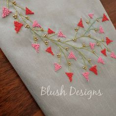 Bead Embroidery Tutorial, Hand Embroidery Patterns Flowers, Hand Embroidery Videos, Hand Work Embroidery, Embroidery Flowers Pattern, Embroidery Motifs, Creative Embroidery, Flower Embroidery Designs, Simple Embroidery
