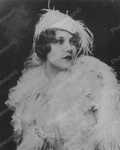 Claudia Dell Show Girl Vintage 8x10 Reprint Of Old Photo 2