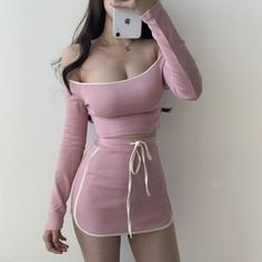 Sexy word off-the-shoulder bag hem navel T-shirt + high waist fashion skirt suit · FE CLOTHING · Online Store Powered by Storenvy Cute Fashion, Look Fashion, Skirt Fashion, Korean Fashion, Fashion Outfits, Kpop Outfits, Girly Outfits, Korean Outfits, Cute Outfits