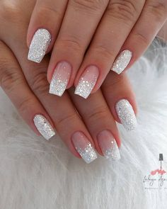 Short Coffin Nail Ideas For Spring – Page 6 of 6 – Vida Joven - Nail Art Designs 2020 Gorgeous Nails, Pretty Nails, Perfect Nails, Silver Glitter Nails, White And Silver Nails, Glitter Wedding Nails, Wedding Nails For Bride, Acrylic Nails Glitter Ombre, Neutral Wedding Nails