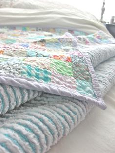 Queen Size Faux Chenille Quilt – Tutorial! | Making Things is Awesome | Quilts | Sewing | DIY