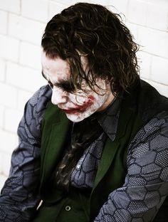 Heath Ledger as Joker El mejor villano. Le Joker Batman, Der Joker, Joker Und Harley Quinn, Joker Heath, Joker Art, Heath Legder, Joker Dark Knight, The Dark Knight Trilogy, Christopher Nolan