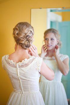 http://www.modwedding.com/2014/10/31/prettiest-wedding-hairstyles-rock-wedding-day/ #wedding #weddings #hairstyle  Photo: Mirelle Carmichael Photography