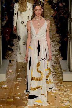 Valentino Spring 2016 Couture Vogue
