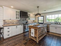 Beautiful #Barndominium Kitchen