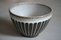 chikako kojima-white stripe bowl