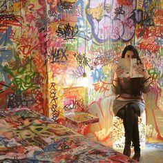 panic room. graffiti art.