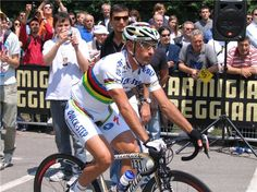 Tour of Italy 2008 - Bettini at the start of Modena.