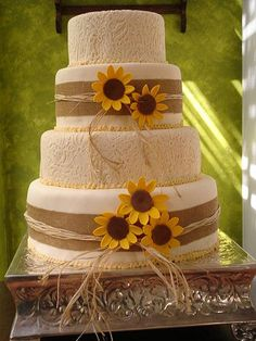 This Sunflower Wedding Cake Has A Nice Rustic Look. Great For A Rustic Or  Country Wedding. Would Like Real Sunflowers.