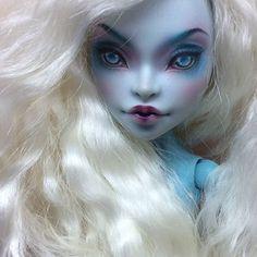 See this Instagram photo by @riverleta • 39 likes. Custom Monster High doll repaint.