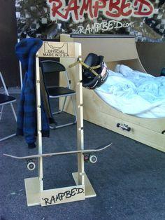 Skateboard holder