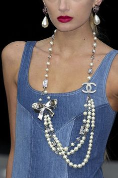 Chanel Jewelry, love pearls... | <3js |: