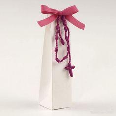 #bomboniere #bomboniera #bombonierecomunione #bombonieracomunione Present Wrapping, Confetti, Wedding Gifts, Favors, Wraps, Presents, Homemade, Create, Confirmation