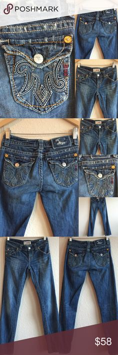"""💥SALE!💥 MEK Jeans 💗 Uaxaca Straight Sz 26 x 31 Beautiful jeans!  Design name is: """"NEW UAXACA"""", but these are pre-owned jeans.  Original price is an estimation. (Inseam on tag says 34, but actual inseam is 31"""") Like The Buckle? MISS ME? Rock Revival?  Check these out! MEK Jeans"""