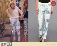 Emma's white lace front sweater and blue and white printed jeans on Jessie Girly Outfits, New Outfits, Casual Outfits, Cute Outfits, Peyton Roi, Peyton List, Fashion Tv, Fashion Outfits, Womens Fashion