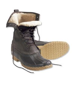 Sperry Moccasin Boots Would go good with skinny jeans, or under boot cut. Waterproof and warm. LOVE. Too bad I'm broke. Let's just put them in my imaginary closet :D